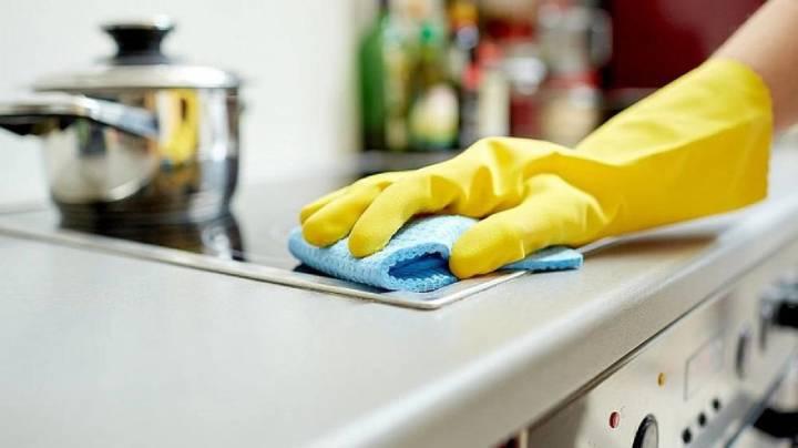 Empleadas domésticas firman suba de sueldo del 42% y consiguen plus por antigüedad