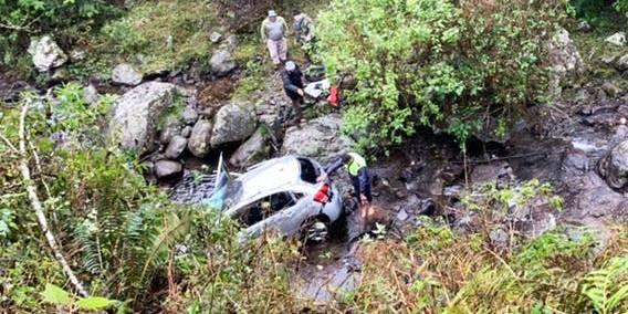 Tafí del Valle | Cayeron al precipicio y de milagro no hubo heridos