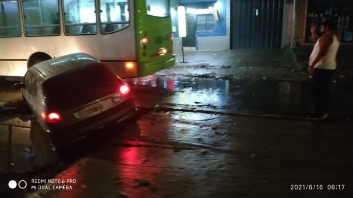 Avenida Jujuy al 2.600| Una obra vial inconclusa ocasionó un accidente